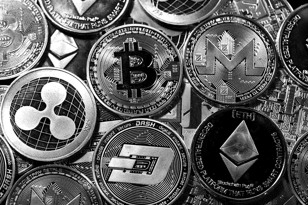 The most concise visualisations of cryptocurrencies rely on skeuomorphic reference to precious metal coins